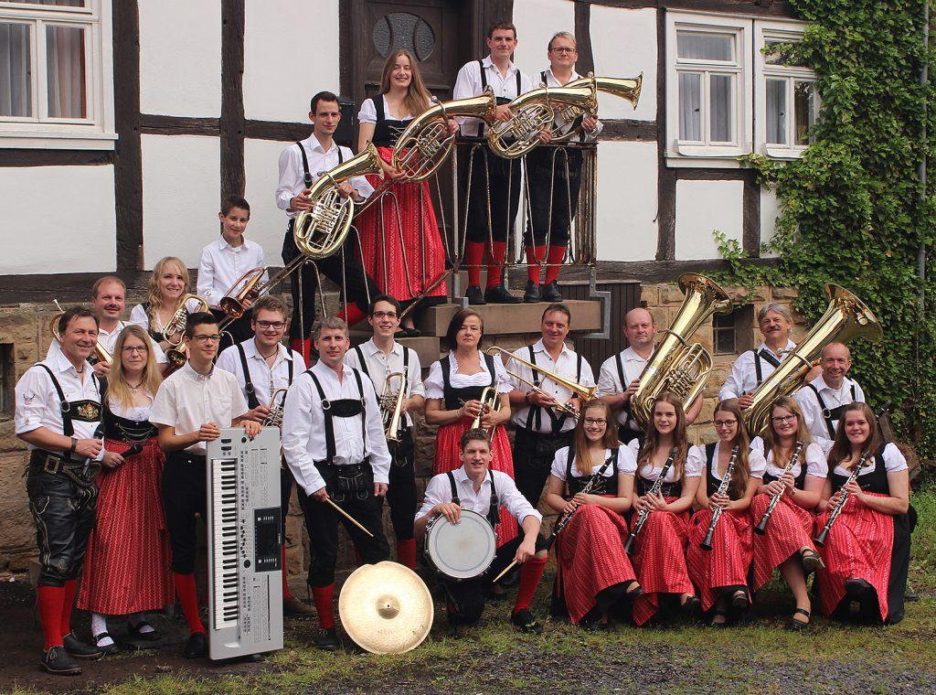 Gruppenbild-Original-Antrifttaler-Musikanten-2016
